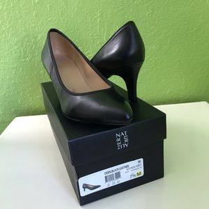 Oden, Black Leather Pump